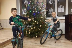 """Bērniem Ziemassvētku prieks no """"Latvijas Bērnu bāreņu fonda"""""""