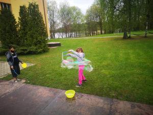 Burbuļu rotaļas
